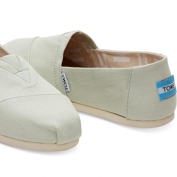 b56b68e96bfed8 Toms shoes mint canvas classic slip ons poshmark jpg 580x580 Mint toms